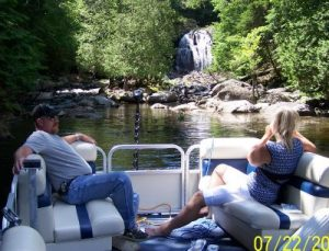 Pontoon Boat cruises in Maine at Pine Grove Lodge